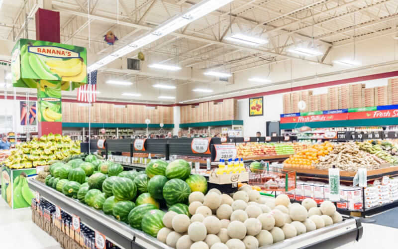 Supermarket Lighting Basics for Enhanced Customer Experience