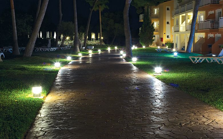 LED Buyer's Guide: Landscape Luminaires