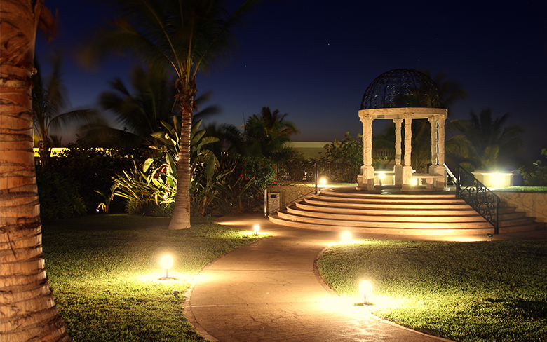 4 Things to consider when selecting outdoor lighting solutions