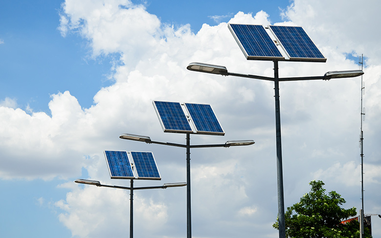 4 Benefits Associated with Solar Lighting