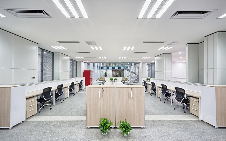 3 Important lighting tips for offices with fewer windows