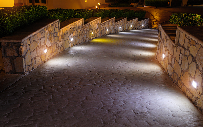 3 Reasons you should Install Low voltage Lights in your Landscape Architecture