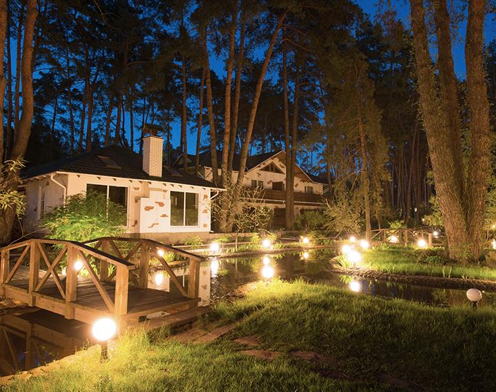 Landscape luminaires